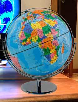 Advantus 12 Inch Desktop World Globe