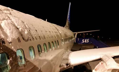 Airplane and Ice